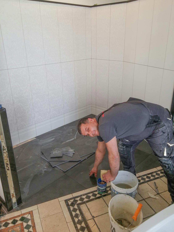 Dienstleistung-Fliesen-Maurer-Elektriker-Tischler-Maler-Installateur-Marco-Colazzo